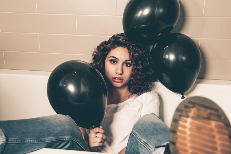 Alessia_Cara_1_JPEG High Res