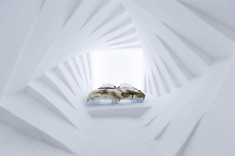 Icehotel1