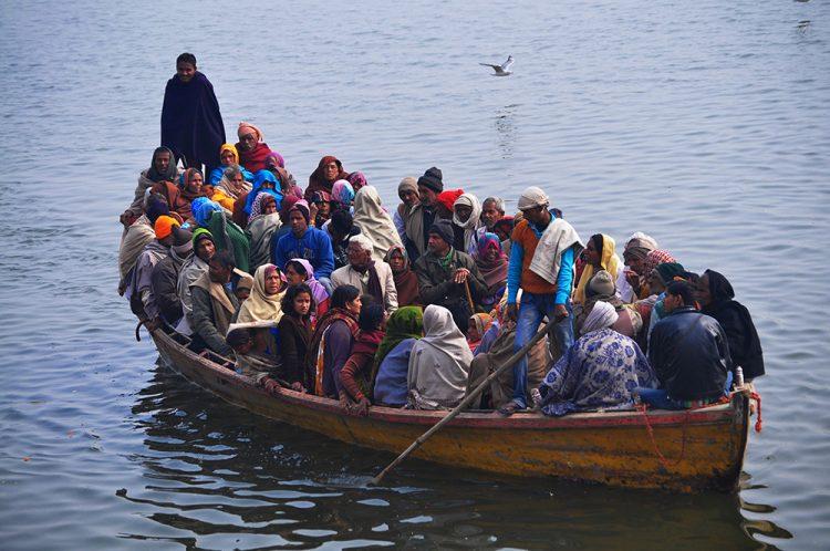 Varanasi-boat-2